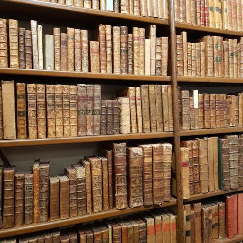 Nos livres à la Librairie Niçoise rue Defly à Nice
